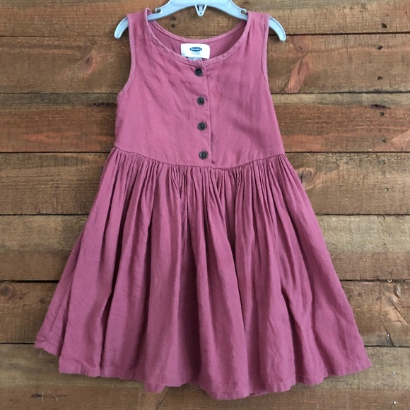 17069376a92 Toddler girl Old Navy linen knit dress. M 5b19c90bde6f624c970b9b61